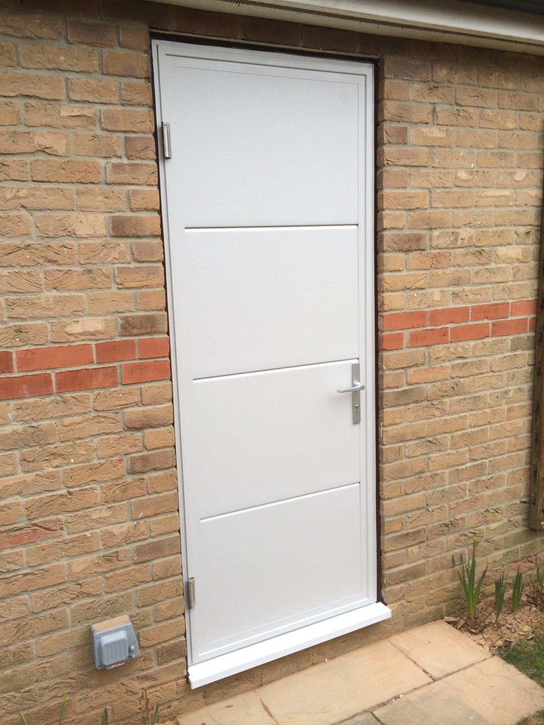Driving round the bend for Garage side entry door